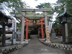 2012.10.07.minatoinari1.JPG