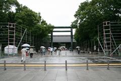 2013.06.16.yasukuni13.JPG