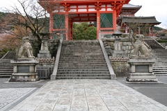 2013.04.06.kiyomizu3.JPG